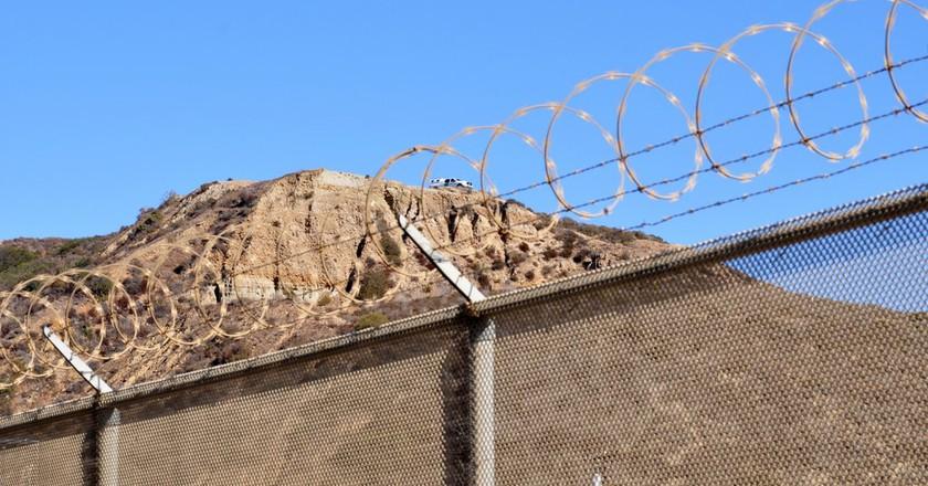 Border fence | © Jonathan McIntosh / Flickr