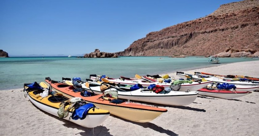 Kayaking in Espiritu Santo Island   © Jessica Vincent