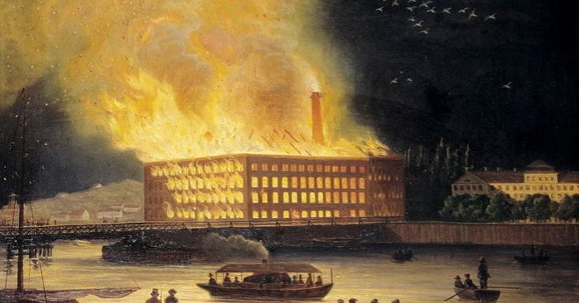 A painting of the fire at Eldkvarn, Stockholm, by Gustav Carleman   © Stockholm Stadmuseum / WikiCommons