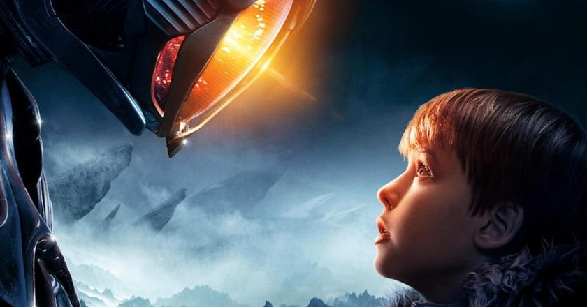Maxwell Jenkins in 'Lost in Space'