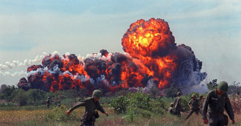 Bombing raid in South Vietnam| © Nguyen Ngoc Chinh / Flickr