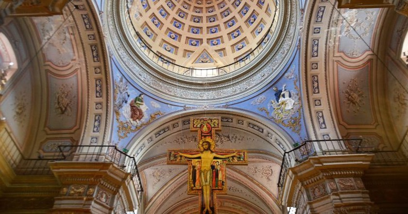 The impressive interior of the cathedral in Salta
