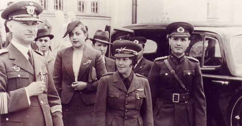 Sabiha Gökçen in uniform