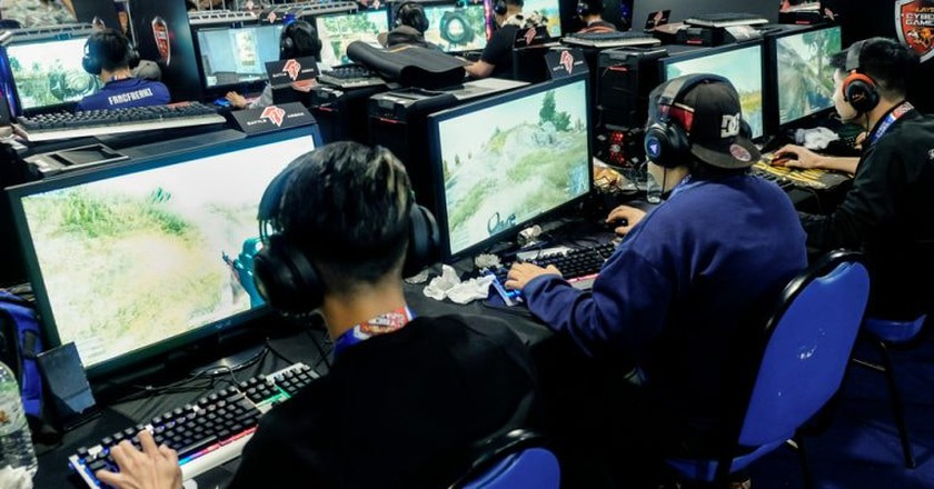 Esports are a medal event at the 2022 Asian Games. Are the Olympics next?   © Aizuddin Saad / Shutterstock.com