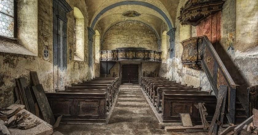 Explore Austria's Forgotten Buildings Through These Photographs