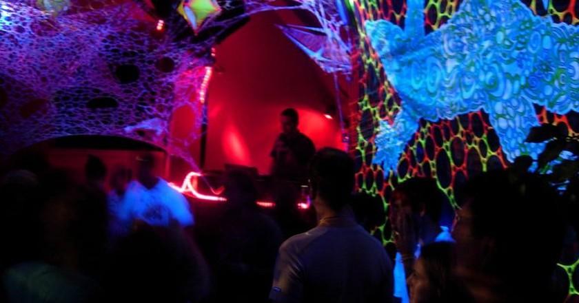 Underground party in Berlin   © ax11/Flickr