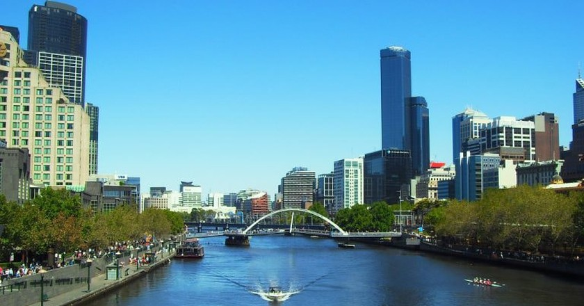 Soak up the sights of Melbourne from the Yarra River