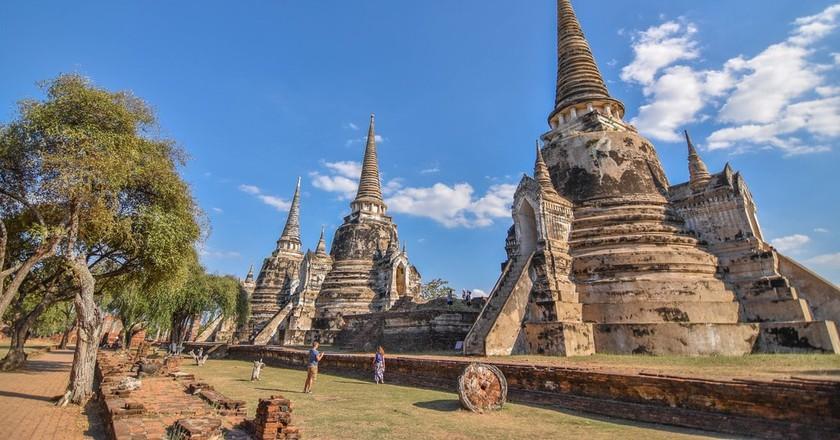Chedis in Ayutthaya | © BondSupanat / Pi