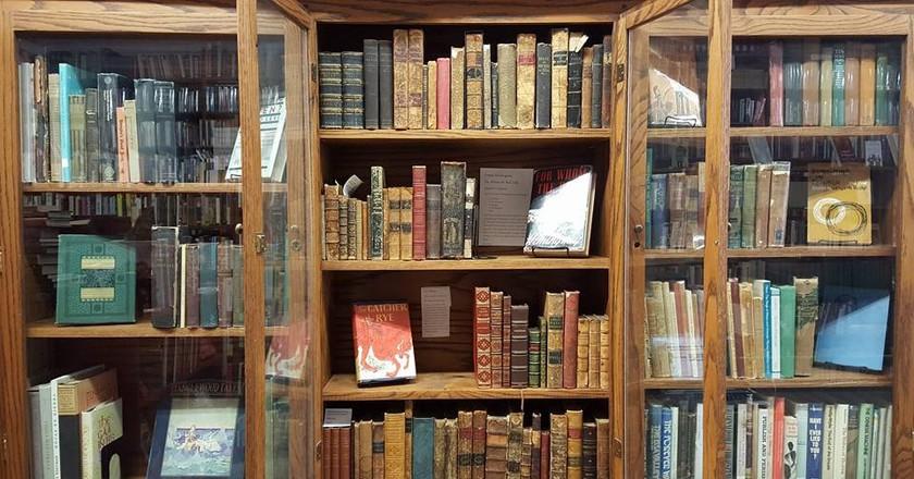 Books | © Caveat Emptor Used Books