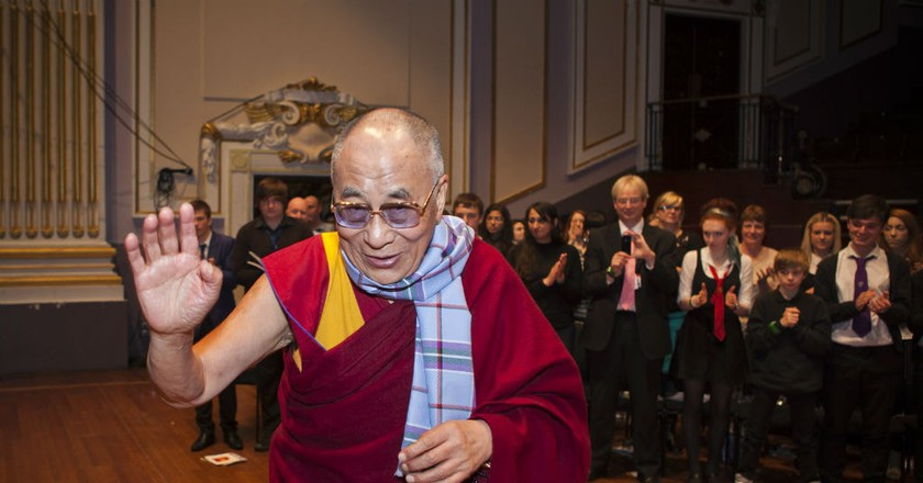 His Holiness The Dalai Lama Receiving The First World Peace Tartan Scarf, Scotland
