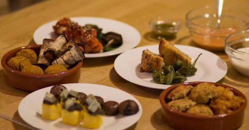 Vegan and gluten-free delicacies from Oak Bistro to tempt your taste buds