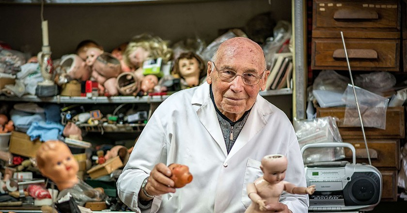 Henry Launay has worked since 1964 as a 'doll doctor'