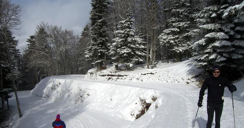 Skiing in Candanchú © Mikel Ortega