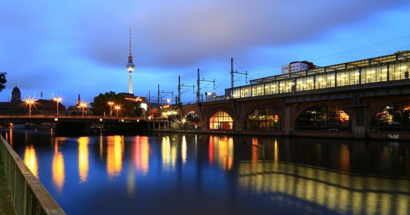 Berlin by the Spree at night | © Pascal Volk/Flickr