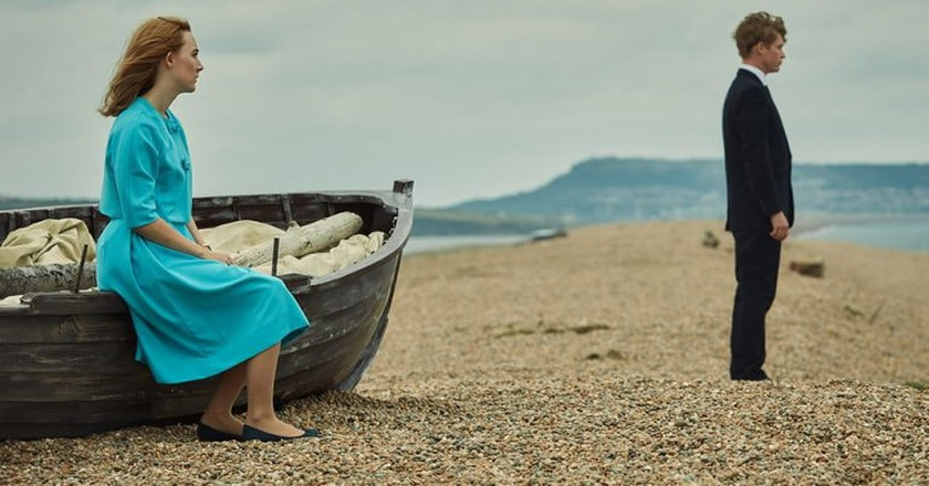 """Saoirse Ronan and Billy Howle in """"On Chesil Beach"""""""