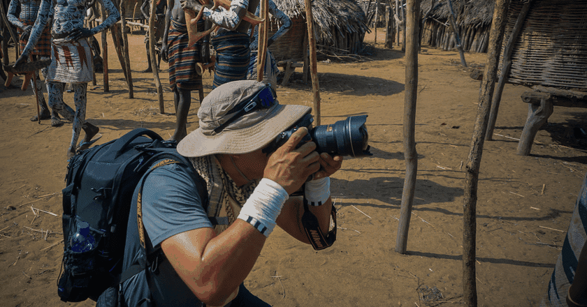 Photographer Manny Fajutag in action