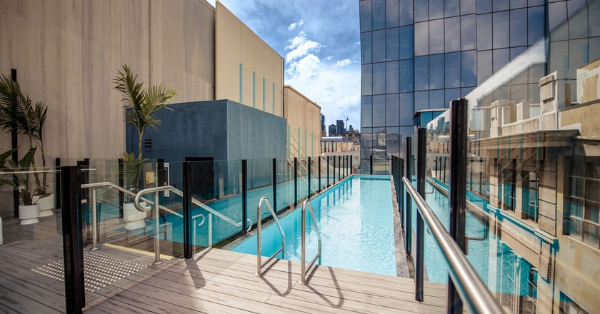 The 5 best infinity pools in melbourne australia - Adelphi hotel melbourne swimming pool ...