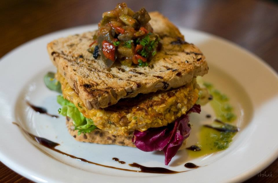 The 10 Best Vegetarian Restaurants In Barcelona, Spain