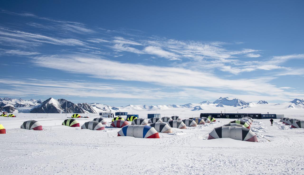 10 Weird Rules For Traveling In Antarctica
