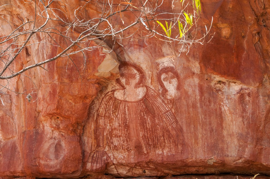 10 Things You Should Know About Aboriginal Art