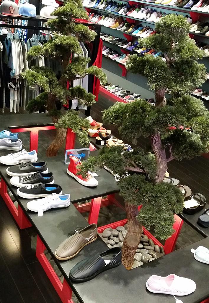 f0519622a6f18 The 10 Best Sneaker Shops In L.A.