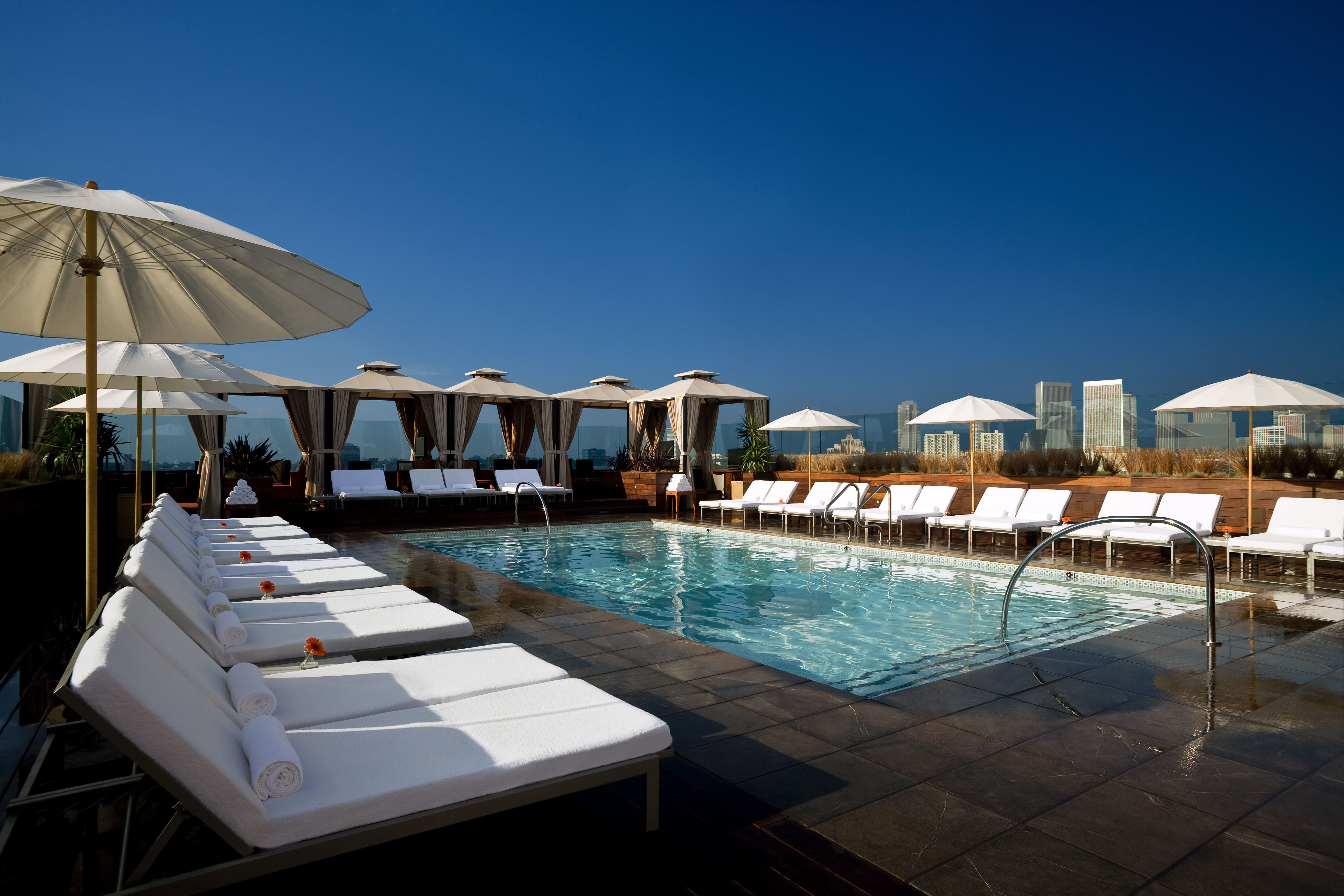 The 10 Best Rooftop Pools In Los Angeles