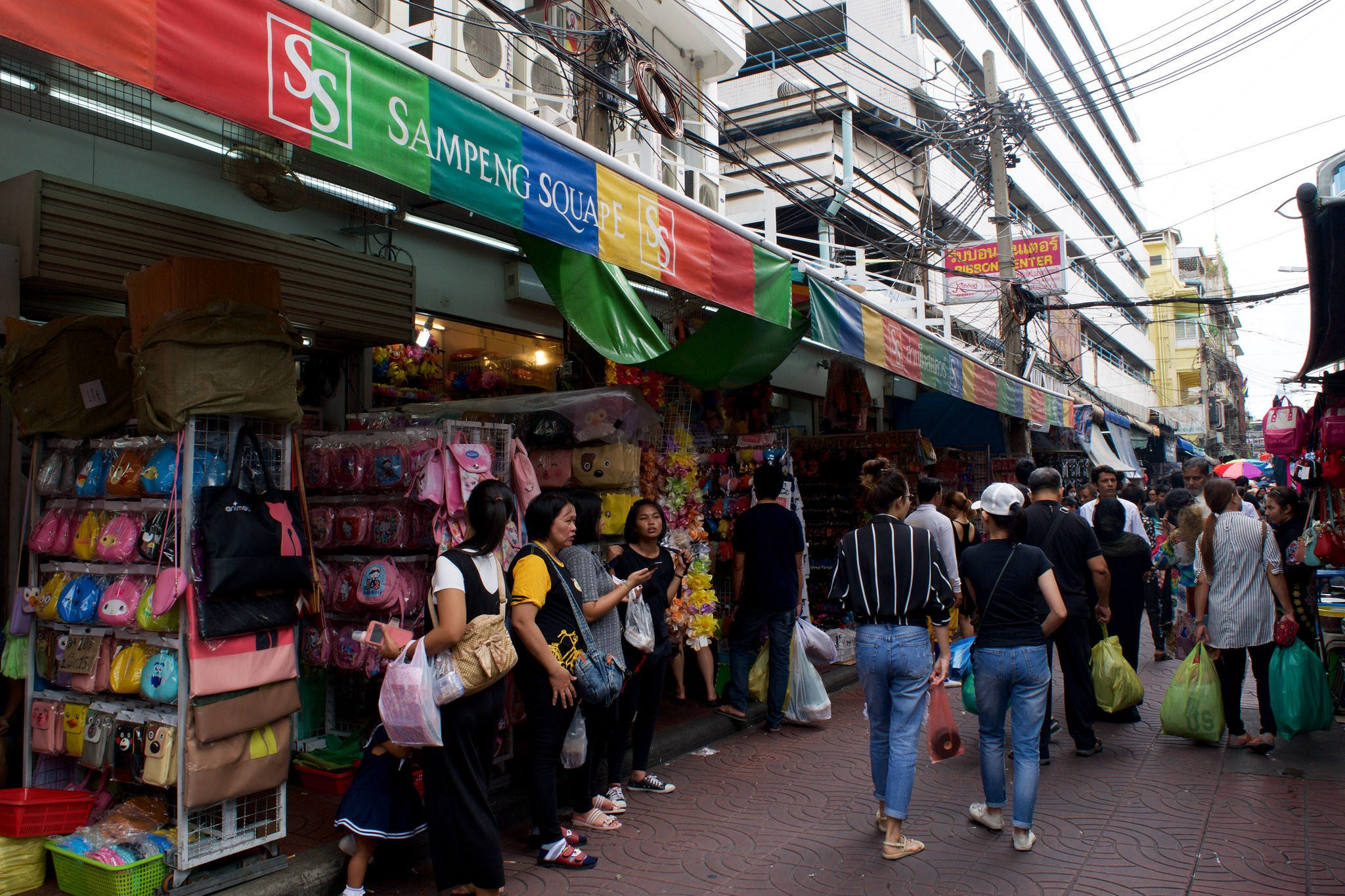 The 8 Best Shopping Spots in Chinatown, Bangkok