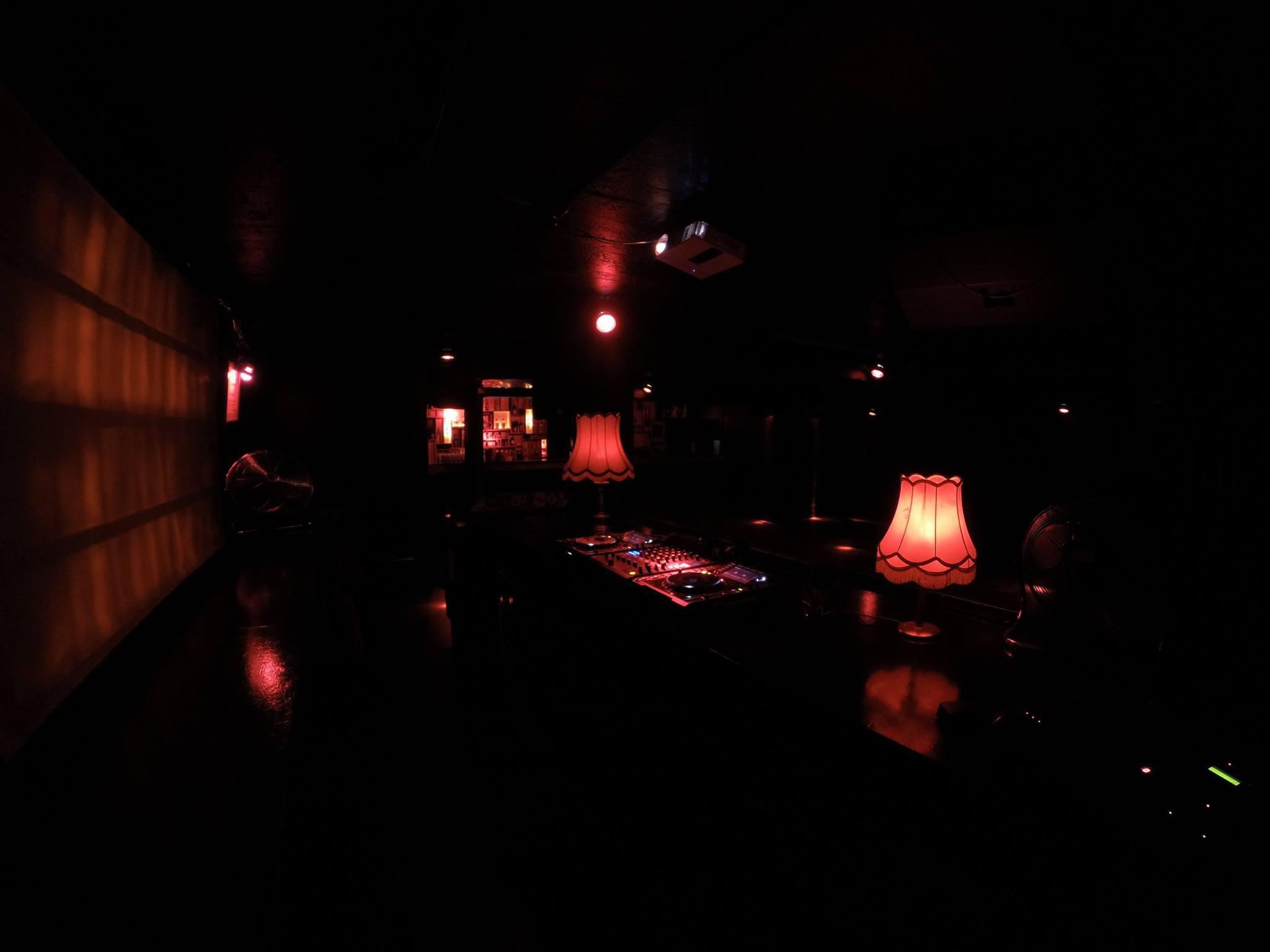 Discobal Met Licht : The 10 best nightclubs around reeperbahn hamburg