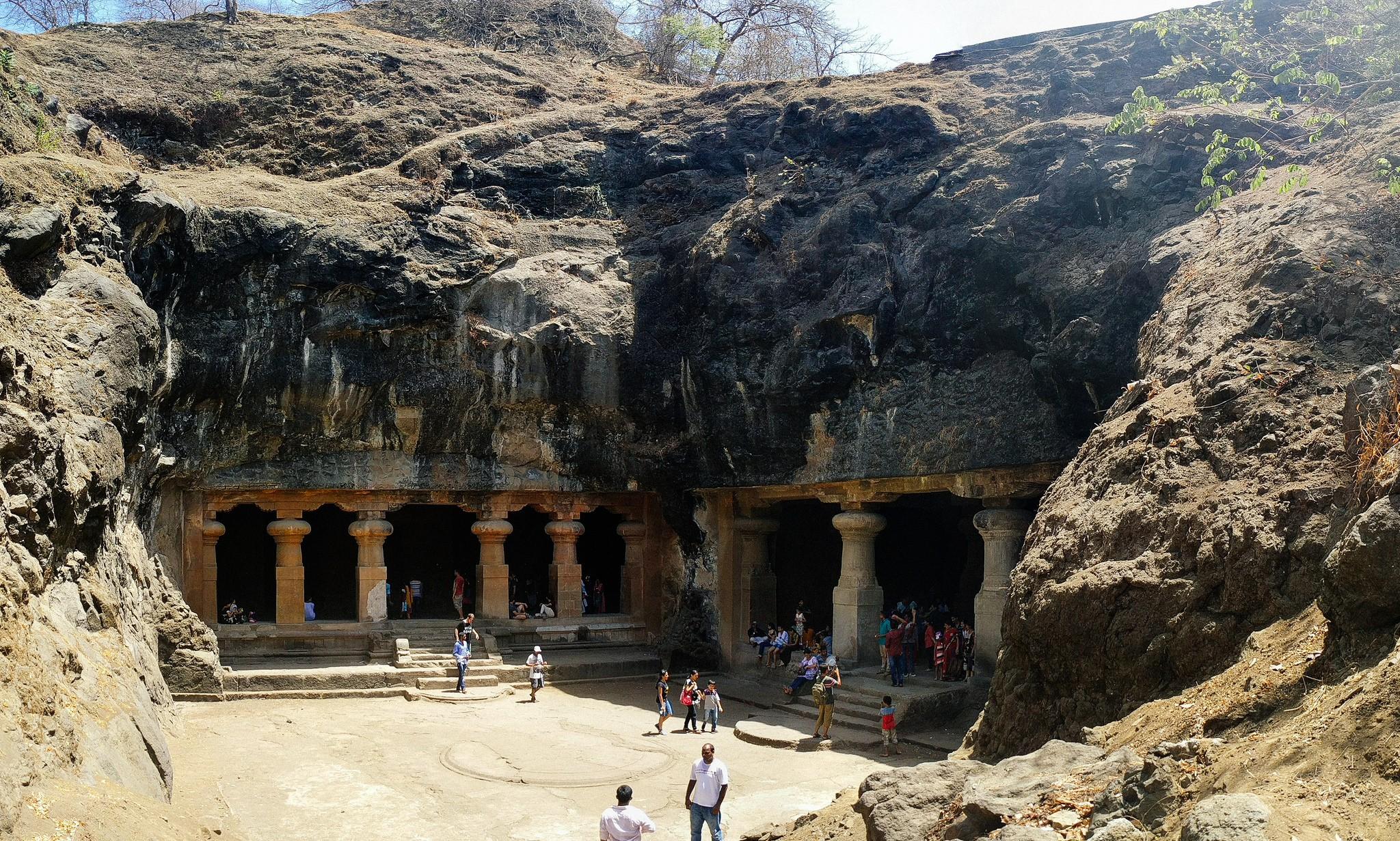 A Brief History of The Elephanta Caves in Mumbai, India