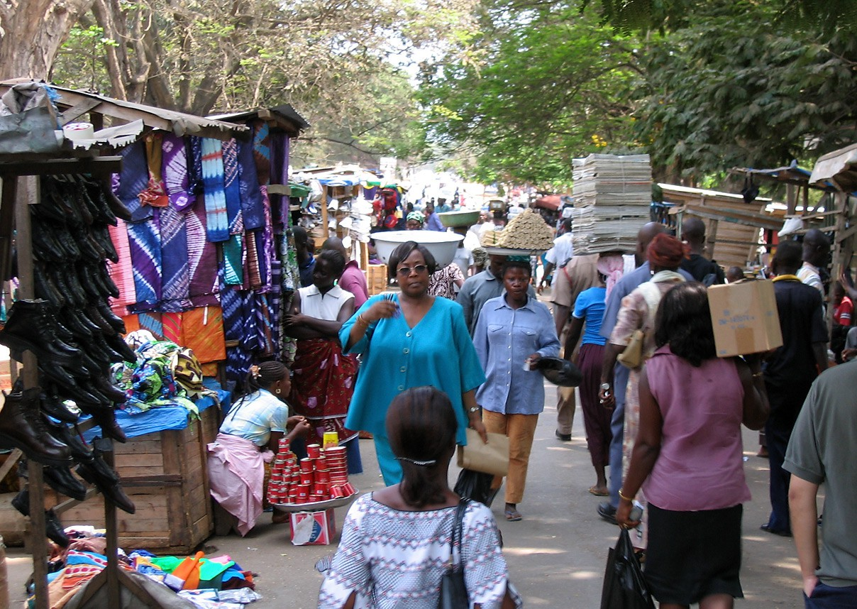 A Guide to Accra's Kantamanto Market
