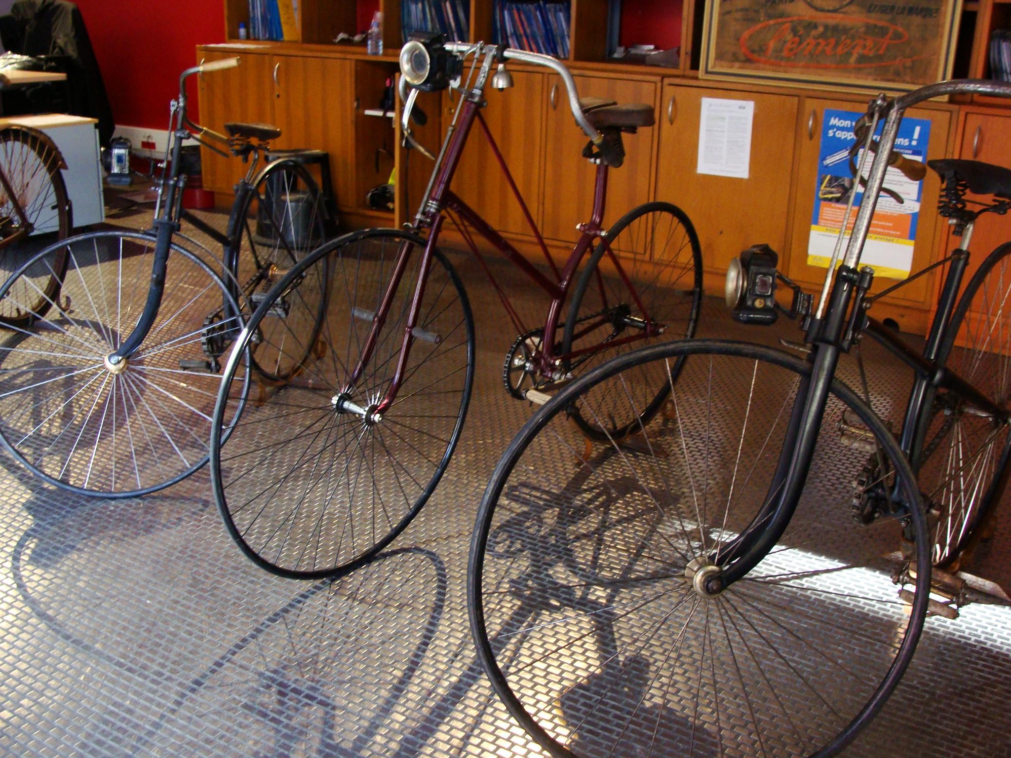 59c523d3293 10 Trendy Bikes Shops in Bordeaux