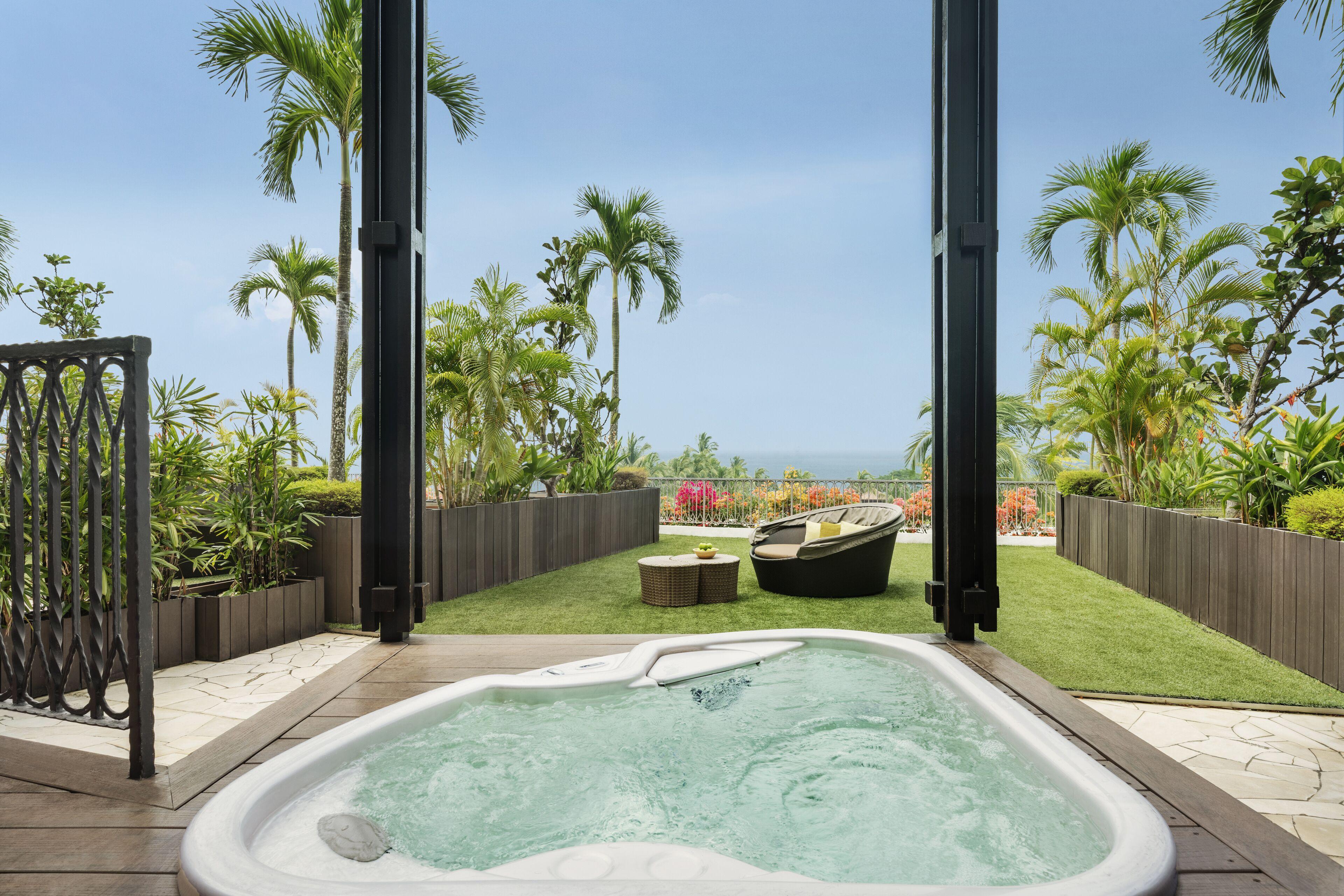 Courtesy of Shangri-La's Rasa Sentosa Resort & Spa / Expedia