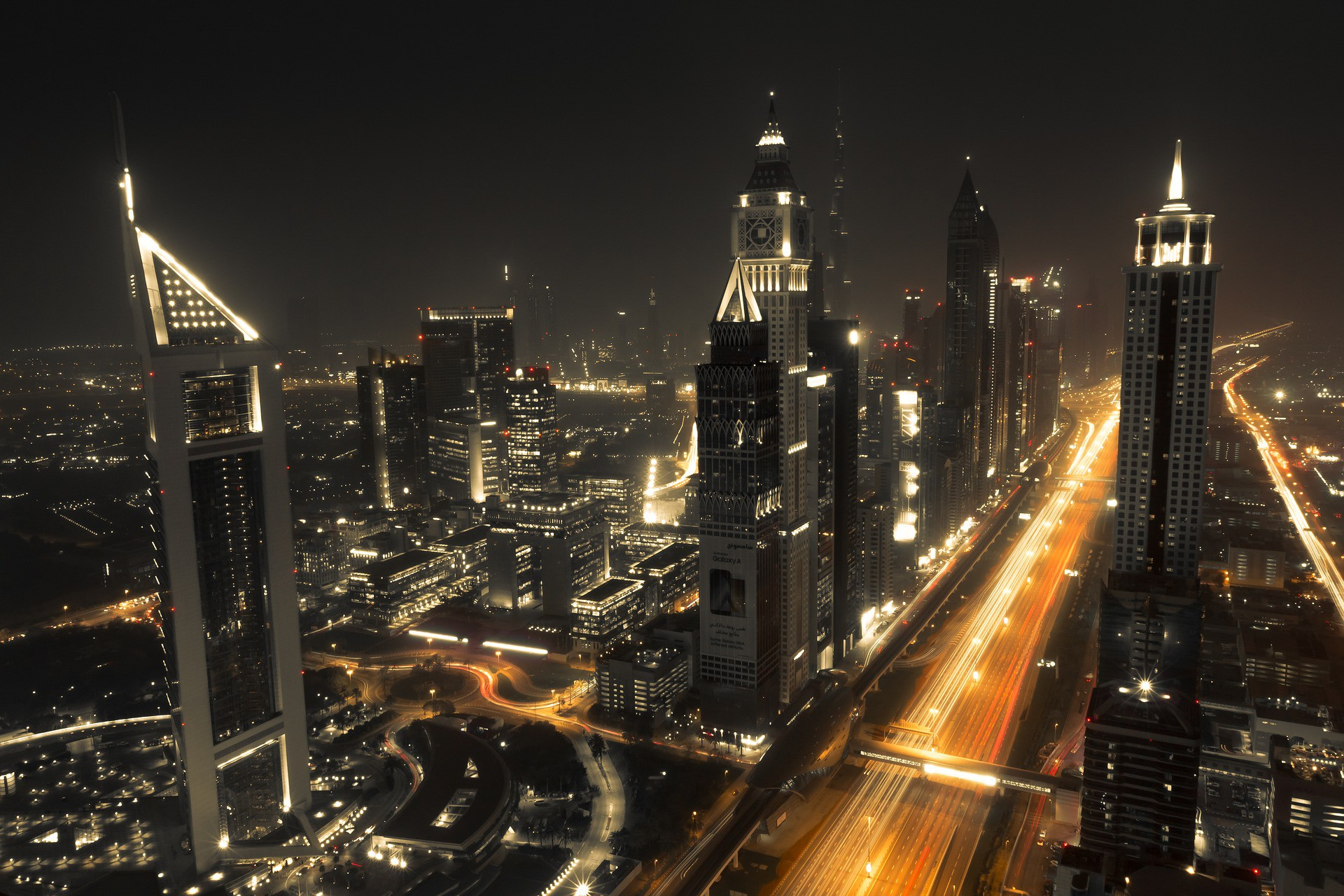 13 Tips for Expats to Know Before Moving to Dubai