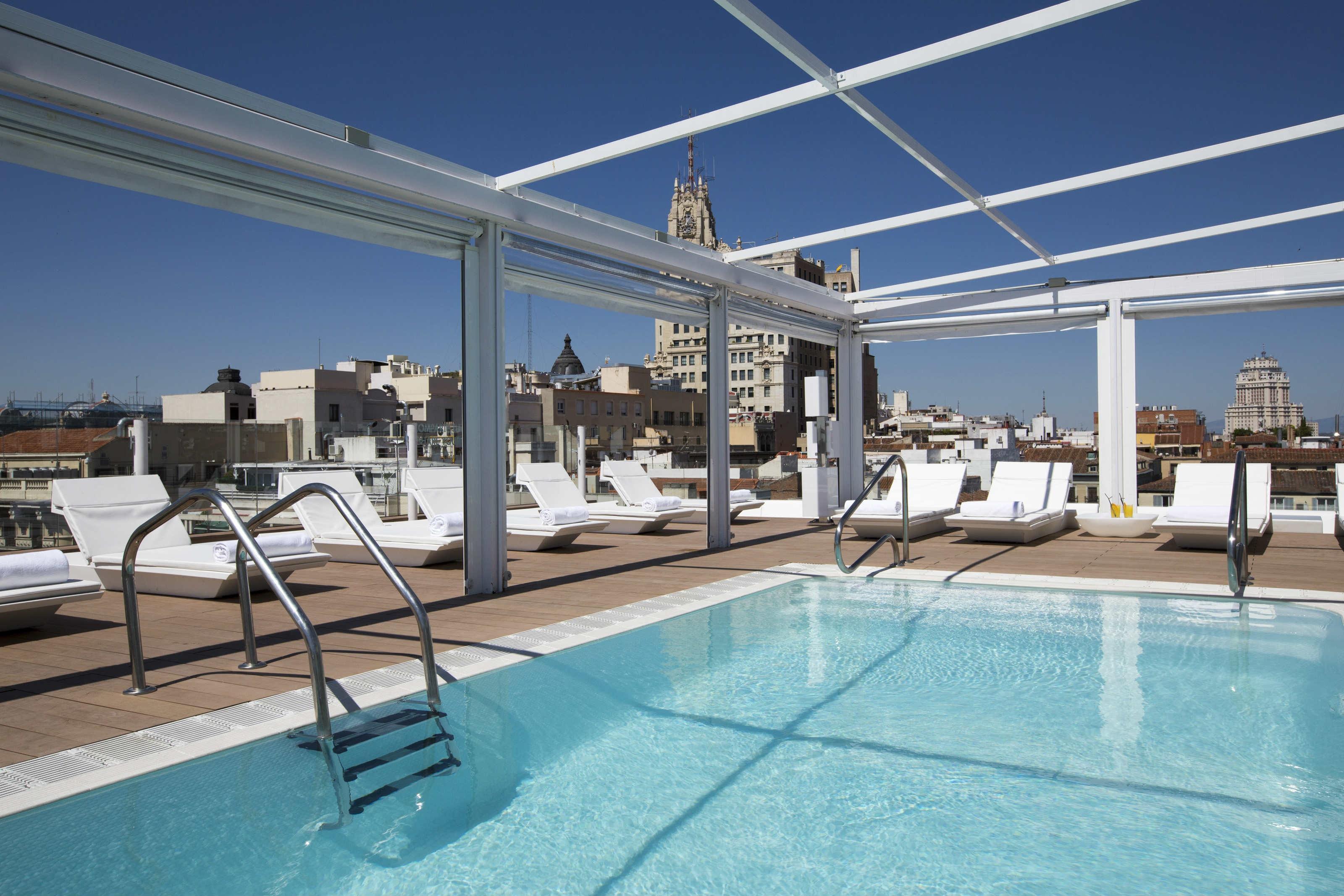 Room Mate Oscar's rooftop pool