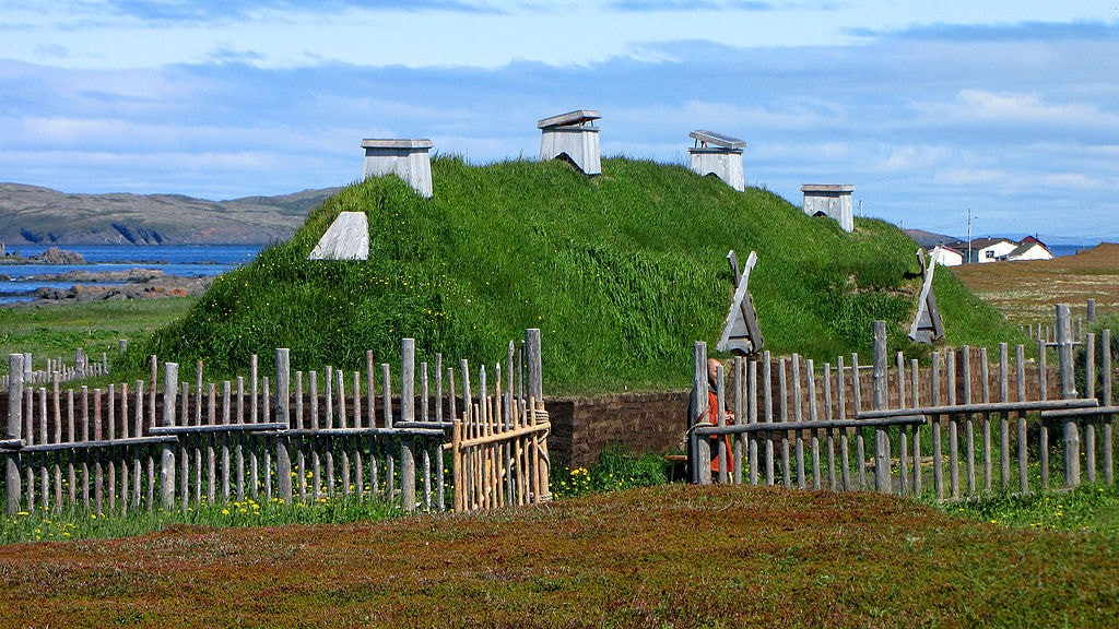 Norse longhouse re-creation | © D. Gordon E. Robertson/WikiCommons
