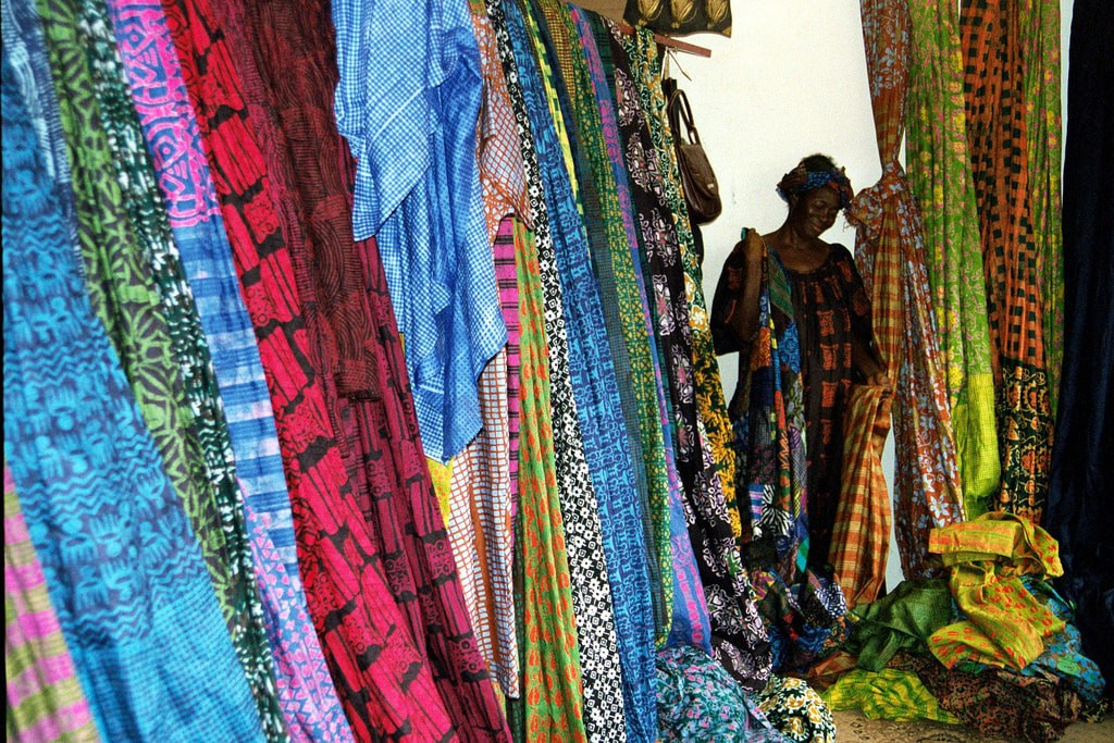 The Best Places to Buy Kente Fashion in Accra