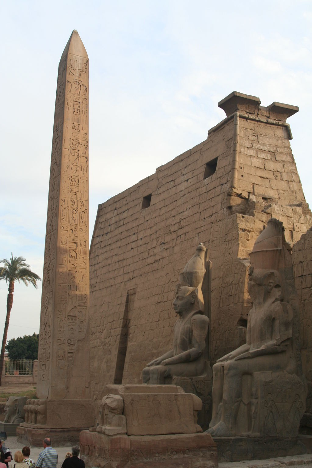 10 monuments of architecture with unsolved history