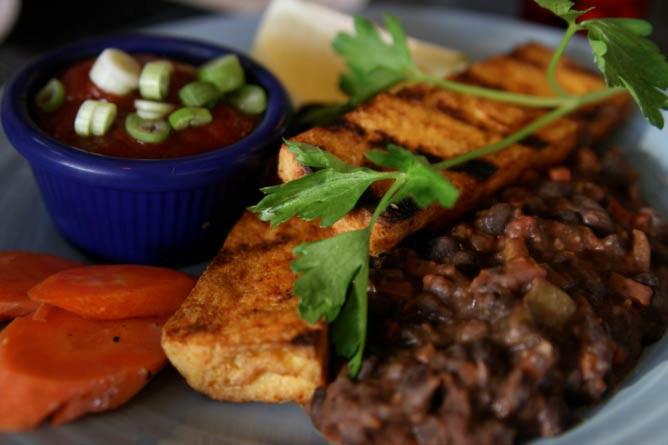 The 10 Best Vegetarian Restaurants In Wisconsin
