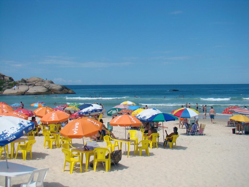 Summer beach canasvieiras