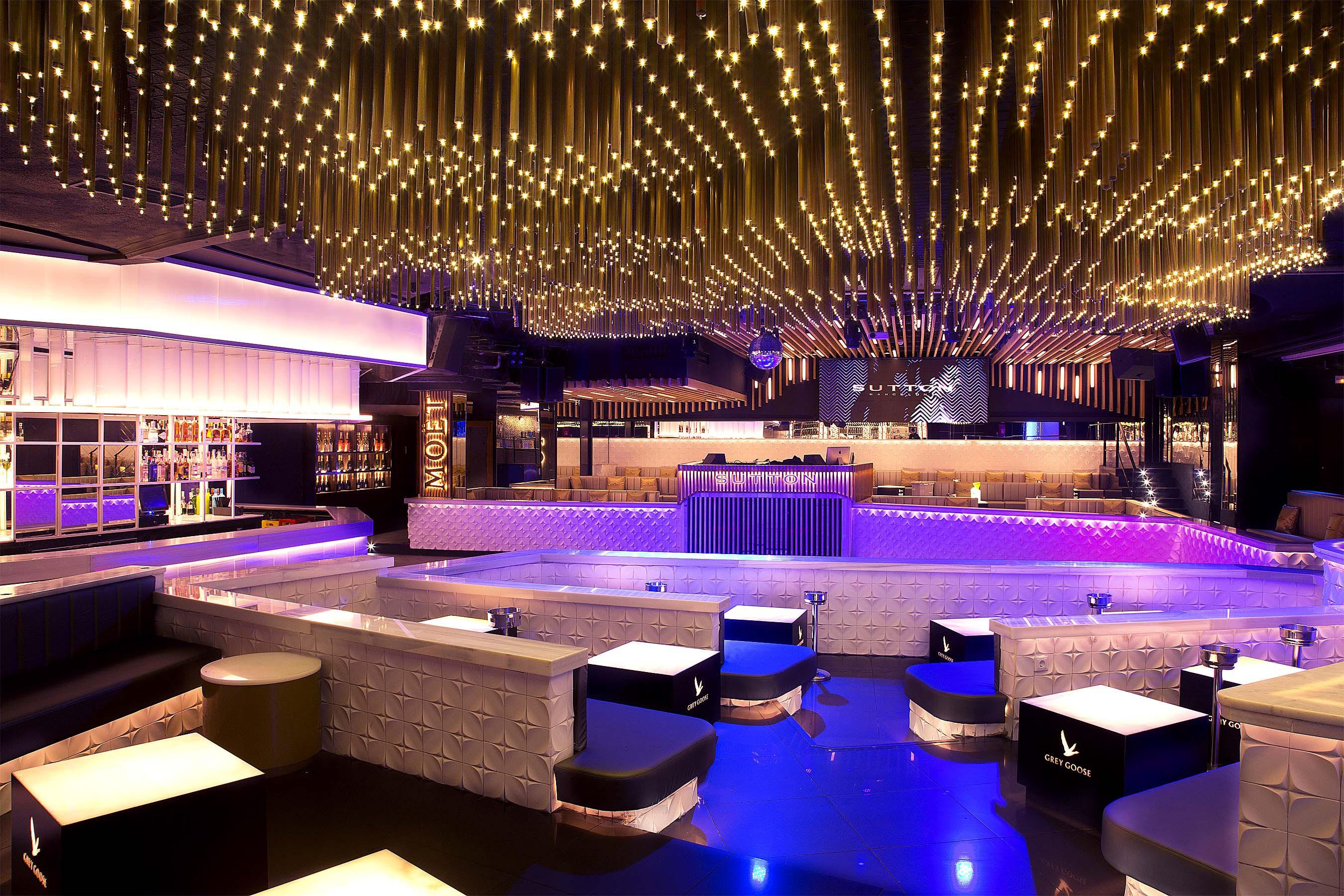 The 20 Best Nightclubs In Barcelona