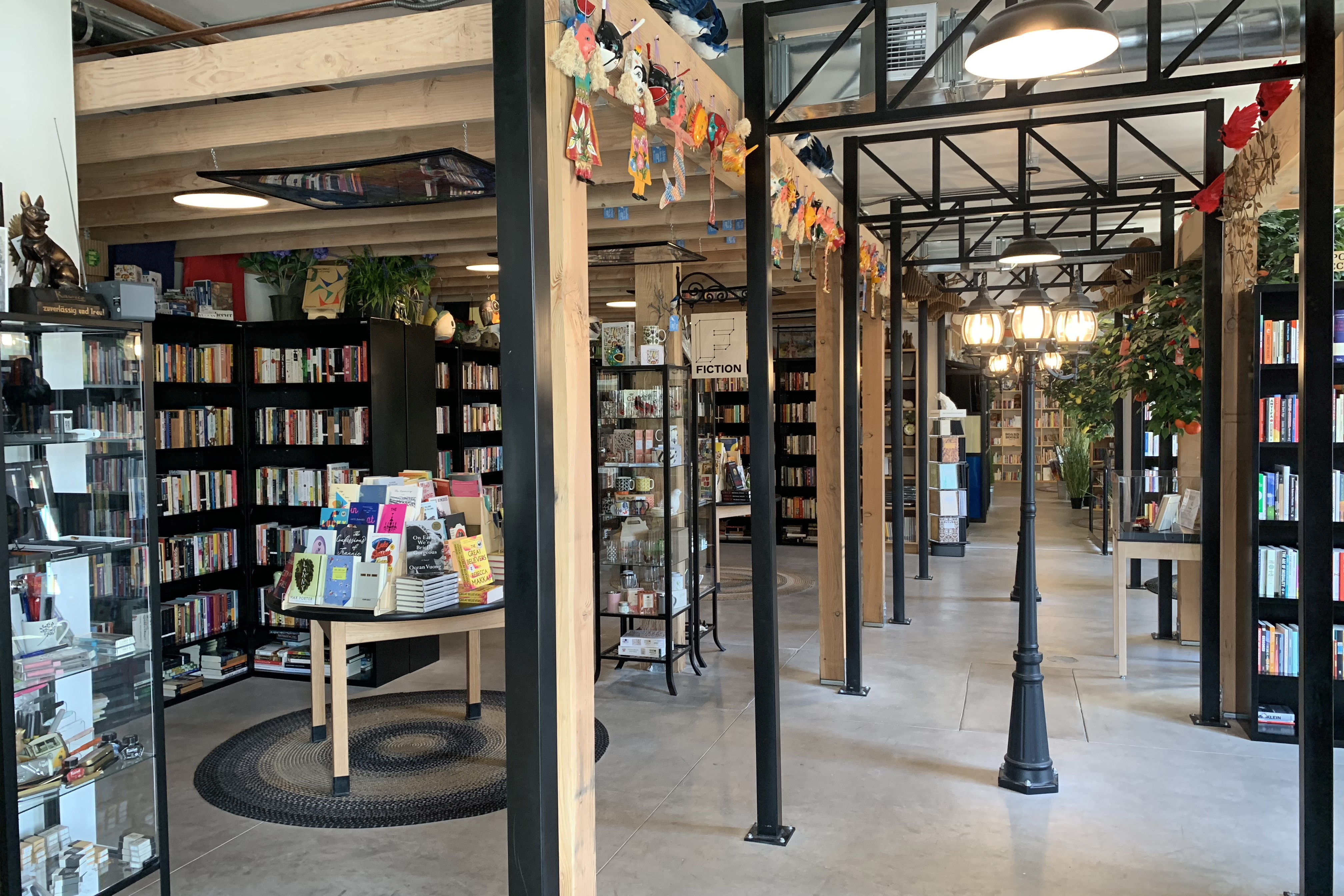 10 of the Best Independent Bookstores in Las Vegas