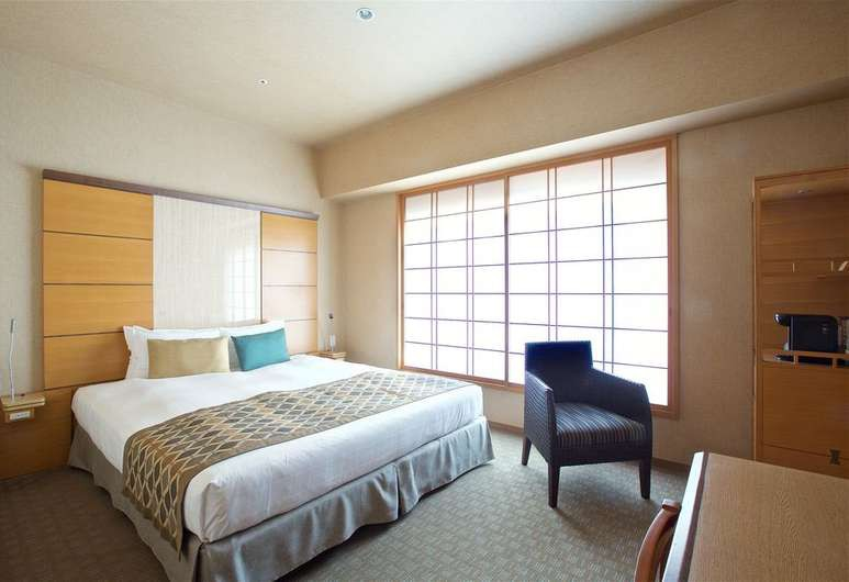 Hotel Niwa combine the best of Western comforts with traditional Japanese design ideologies