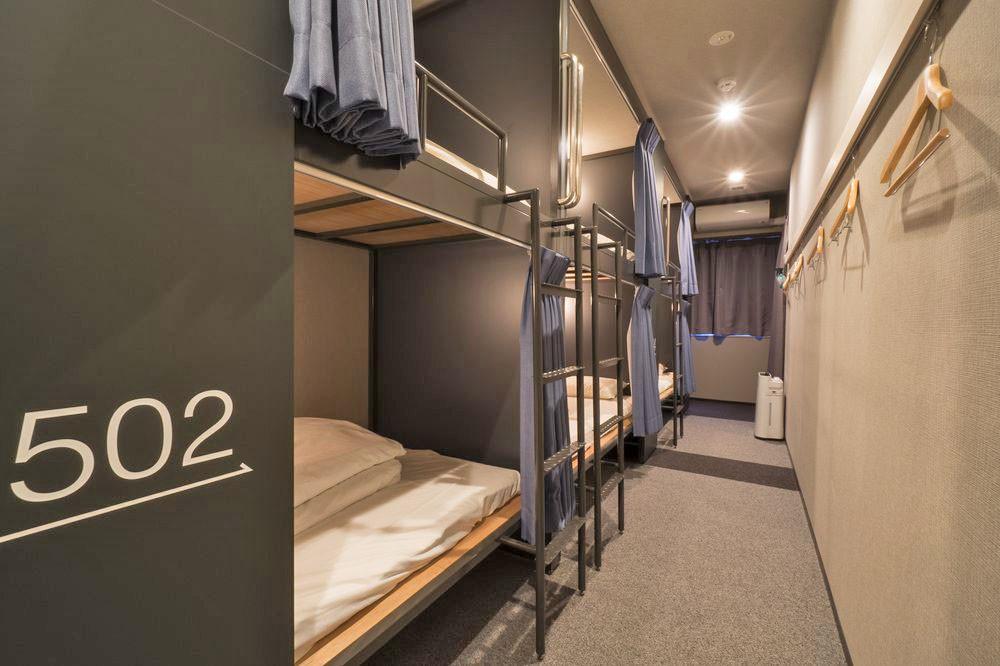Mixed dormitory room at Grids Hostel Asakusa-Bashi