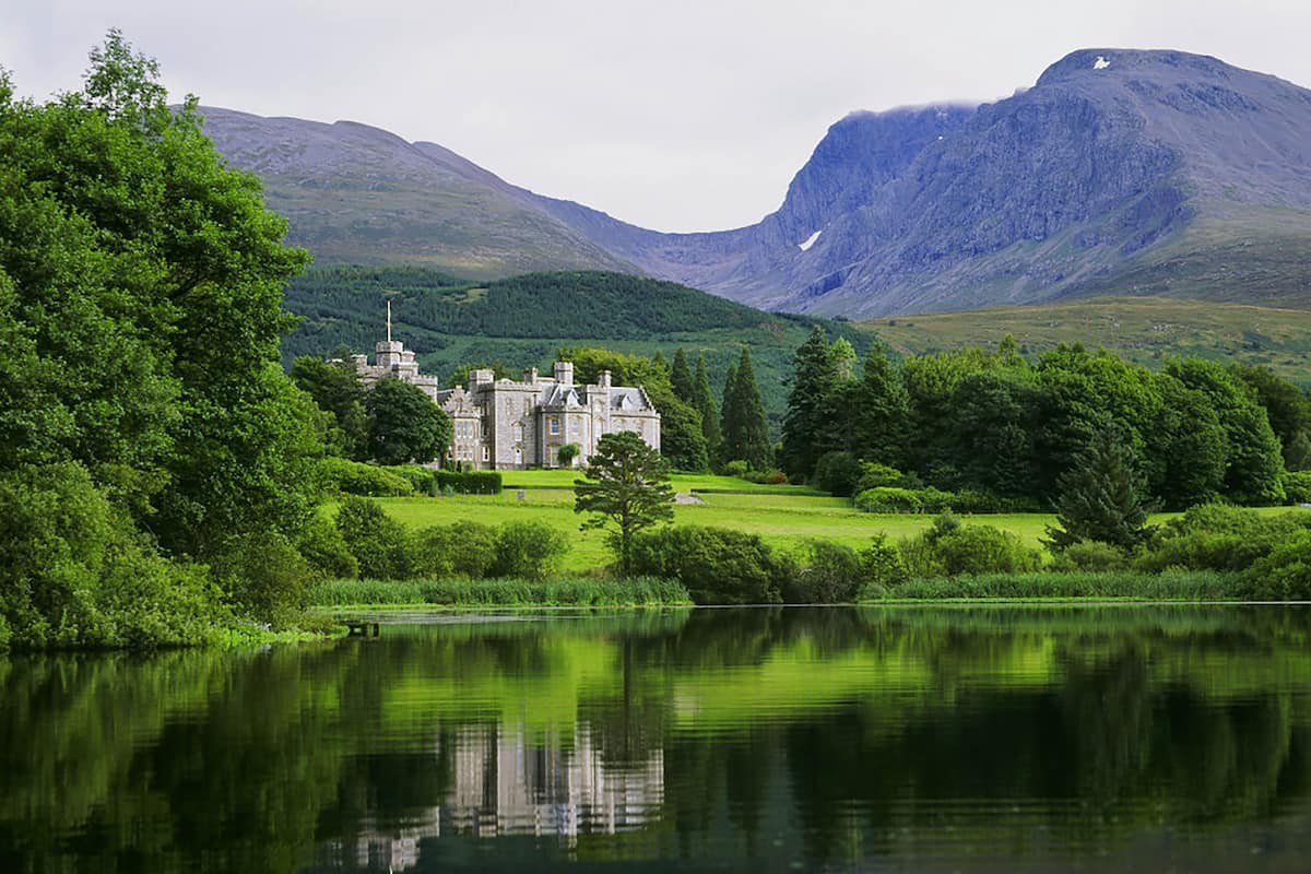 Courtesy of Inverlochy Castle / Expedia
