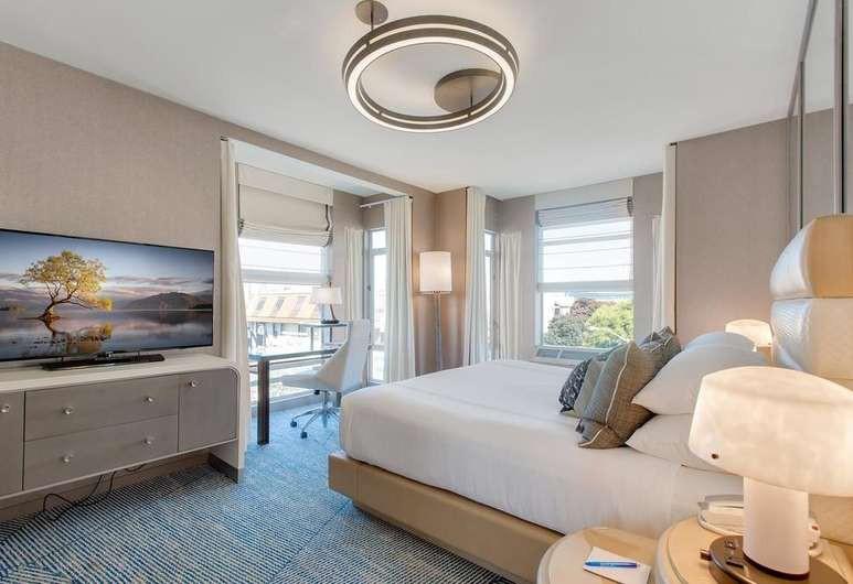 Courtesy of Hotel Zoe Fisherman's Wharf / Expedia