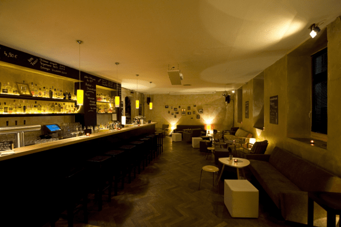 The 10 Best Cocktail Bars In Munich