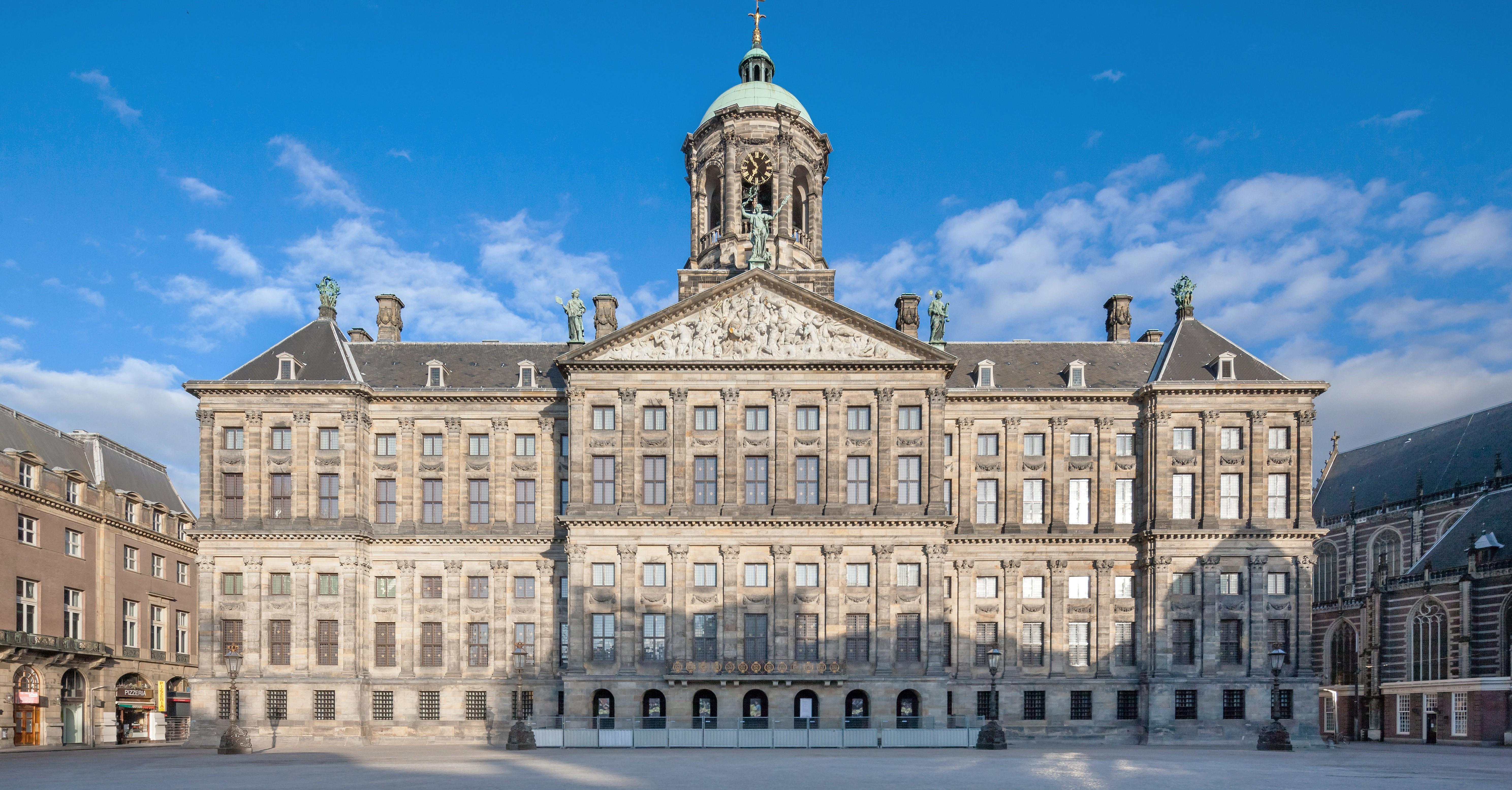 Where To Find Dutch Golden Age Architecture In Amsterdam
