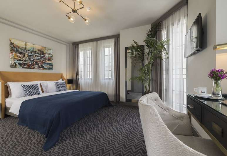 Contemporary art adorns each room at Nabu Hotel
