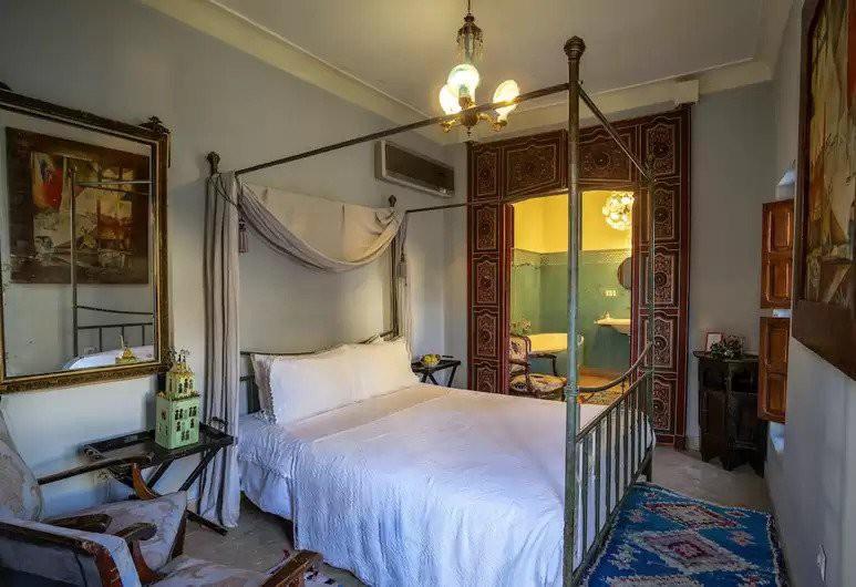 Courtesy of Hotel du Trésor / Hotels.com