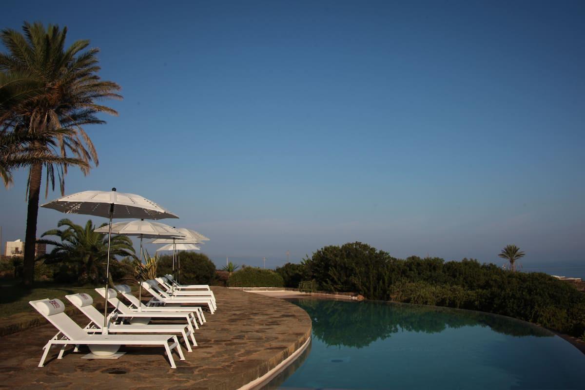 Courtesy of Zubebi Pantelleria / Expedia